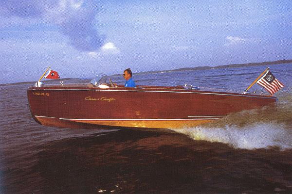 20-pieds-custom-riviera-1.jpg